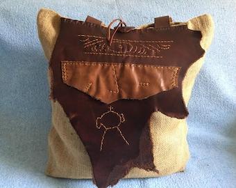 Natural fiber & leather shoulder bag