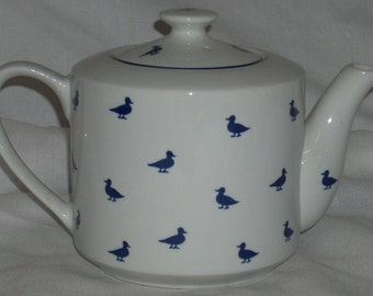 Shafford Blue Ducks Teapot Tea Pot