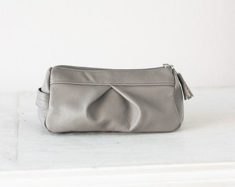 Light grey accessory bag, cosmetic case makeup bag pencil case zipper pouch travel case toiletry bag - Estia Bag