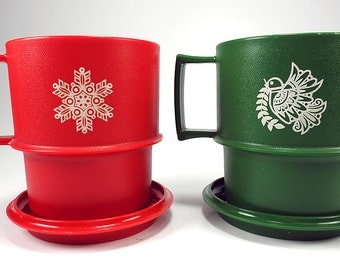 Tupperware Christmas Mugs with Coasters, Set of Two, Red and Green, USED, Snowflake, Peace Dove, Holiday Decor