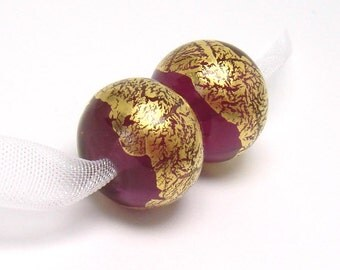 SRA Lampwork beads,  Gold Fuchsia,  magenta glass beads, gold leaf lampwork, pink lampwork beads, lampwork bead pair, purple pink beads