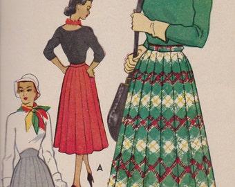 9136 McCall's Skirt 1952 Vintage Original FF