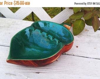 ON SALE Vintage Green & Brown Acorn Style Ceramic Ashtray