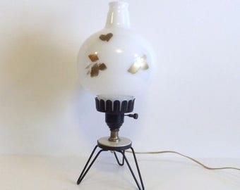 ON SALE Vintage Lamp, Retro lighting, Desk Lamp, Milk Glass globe