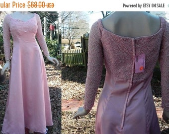35% OFF Vintage Bridesmaid Dress/ Evening Gown /Mother of the Bride Dress New with Tags by Le Star Bridal Formal in Dusty Pink Satin & Lace