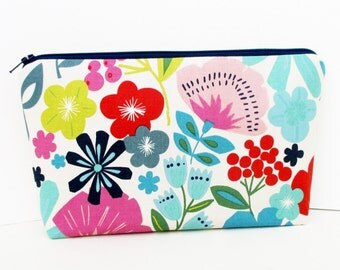 Make Up Bag, Cosmetic Zipper Pouch, Pretty Poppy, Alexander Henry Floral Fabric