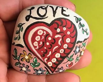 Love heart rock river stone valentine gift desk ornament