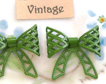 Vintage bows,Enamel bows,Metal Bow Findings,bow Connectors,Embellishments Bows Brass Fastenables Mesh Art Nouveau Green Enameled 3D 1109G