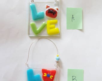 Cat // Fused GLass Suncatcher // Kitty // LOVE //  Bright // Iconic // Whimsical // Cheerful // Ornament // Small // Pet // Colorful // Fun
