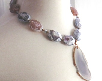 Chunky agate necklace, beaded gemstone statement necklace, pendant necklace, faceted gemstones, gemstone slice, agate slice