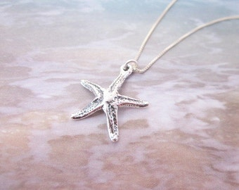 Ocean Charm Necklace -- Starfish Charm Necklace -- Silver Starfish Pendant Necklace -- Sterling Starfish Necklace -- Sea Creature Necklace