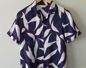Vintage LINEN Button Up RESORT Summer Print Blouse (m)