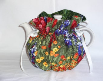 Pretty Field of Flowers Reversible 6 Cup Teapot Cozy