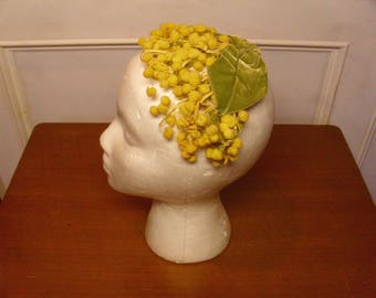 Vintage 1940's/1950's  Yellow & Green Hat