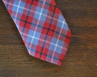 1950s 50s Mid Century Plaid Preppy Skinny Tie Red White Grey