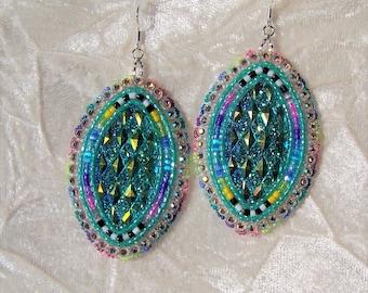 Native Beaded Dangle Earrings