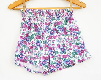 Vintage 90s Women's Small Size Floral Print High Waisted Jersey Shorts