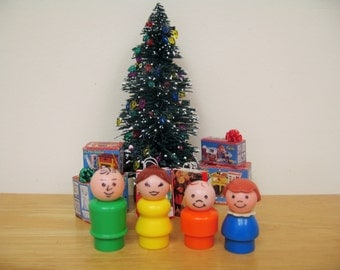 SALE! Fisher Price Family of Four Little People
