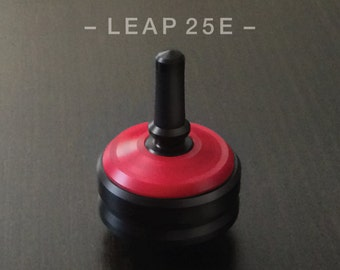 """LEAP 25E- RED – Precision spin top with ceramic tip and rubber grip for improved control – 1"""" desk and pocket top"""
