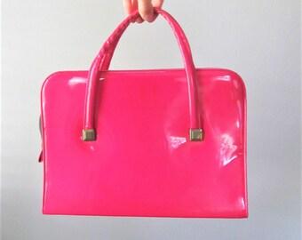 Vintage 1960's Dark Pink Vinyl Handbag / 50's 60's Retro Large Tote Style Mod Purse