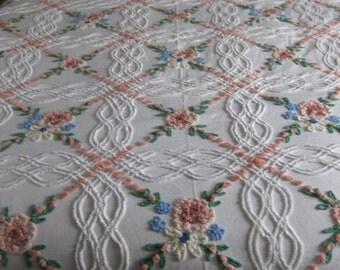 Beautiful Vintage Floral Chenille Bedspread
