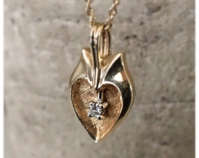 14k Gold Diamond Heart Pendant Vintage Necklace