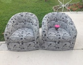 MID CENTURY MODERN Style / Pair of Swivel Chairs / Round Wooden Base / Ready for a Re-do / Pair of Barrel Tub Chairs at Retro Daisy Girl