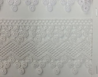 Venice lace gipuir in white for couture, apparel, home decor,  table cloths and embellishments  30 yards wholesale