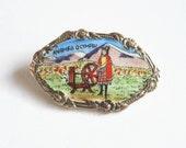Vintage Welsh brooch. Enamel brooch. Anrheg O Cymru