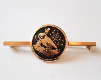 Vintage owl brooch. Black and gold owl brooch