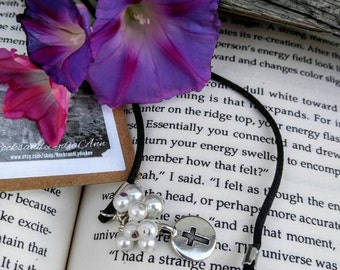 Pearl and cross bookmark