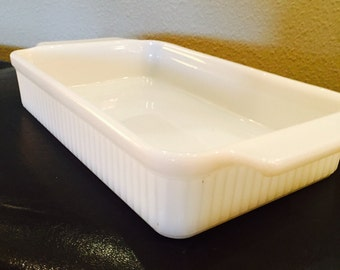 Vintage Fire King, Anchor Hocking, Ribbed Baking Dish, Rectangular 1 1/2 Qt, Milk Glass, French Country Casserole