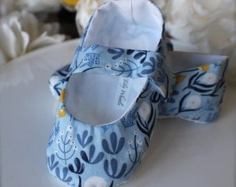 Light Blue Floral Baby Girl Shoes Cottage Chic - Baby Gift - Soft Sole Baby Booties