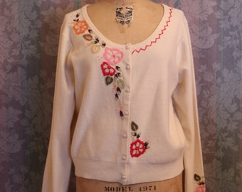 S-M Vintage Asian Embroidered Covered Button Sweater Cardigan