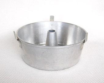 Vintage Wear-Ever Angel Food Cake Pan number 2732 Small Wearever Angel Cake Pan