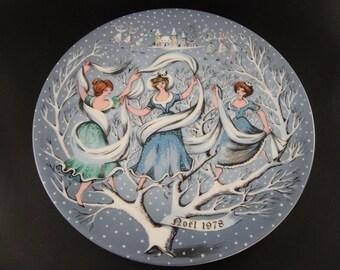 Nine Ladies Dancing Limoges 12 Days of Christmas Plate