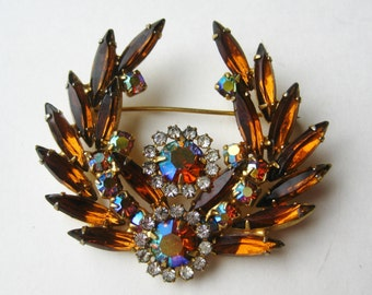 Vintage 50s Sparkling Amber Marquise Glass Rhinestone Aurora Borealis Brooch Pin