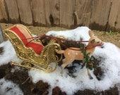 Realpuki  Christmas Sleigh with adorable Reindeer