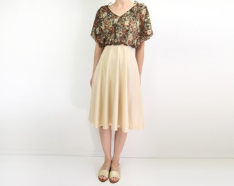 VINTAGE 1970s Butterfly Sleeves Dress Floral Brown