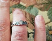 Vintage Sterling Silver Hand Friendship Puzzle Ring Wedding Band 925 Women Size 7.5
