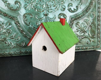 Birdhouse Rustic Vintage Chippy Wood Handmade Green Roof