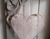 French Nordic Lace Heart