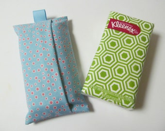 Tissue Case/Pink Dots On Pale Blue