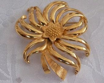 Vintage brooch, signed Monet golden flower brooch, retro brooch, designer jewelry