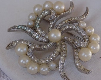 Vintage brooch, crystal and pearl ornate bow brooch, retro jewelry