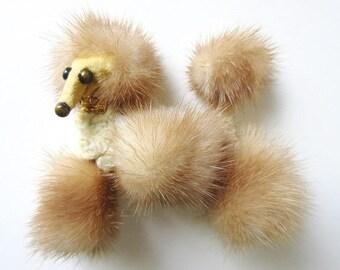 "Mink Poodle Brooch, Vintage Fur Lapel Pin 3"""