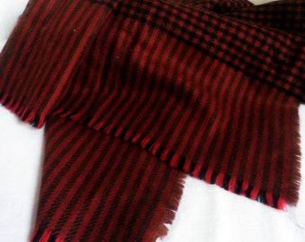 Soft and warm vintage SCARF / Wrap, woven houndstooth, red black and brown