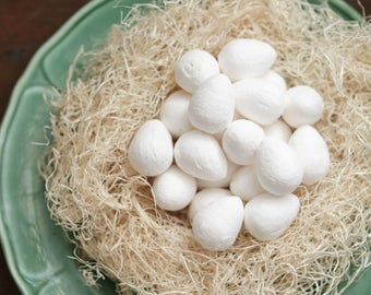 BULK Spun Cotton Eggs, 30mm - Vintage-Style Craft Shapes, 100 Pcs.