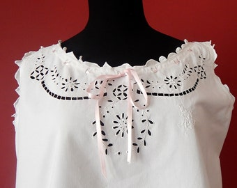 French Vintage Nightgown Fine Cotton with Exceptional Embroidery and Ribbon