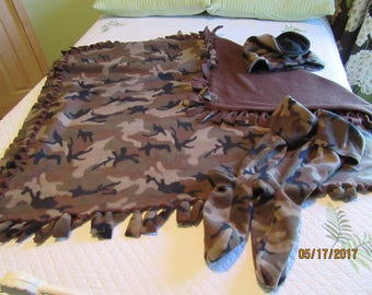 SET Of Camouflage Fleece Boot Liners, Throw Blanket, AND Cowl Neck Warmer from Darlas Closet
